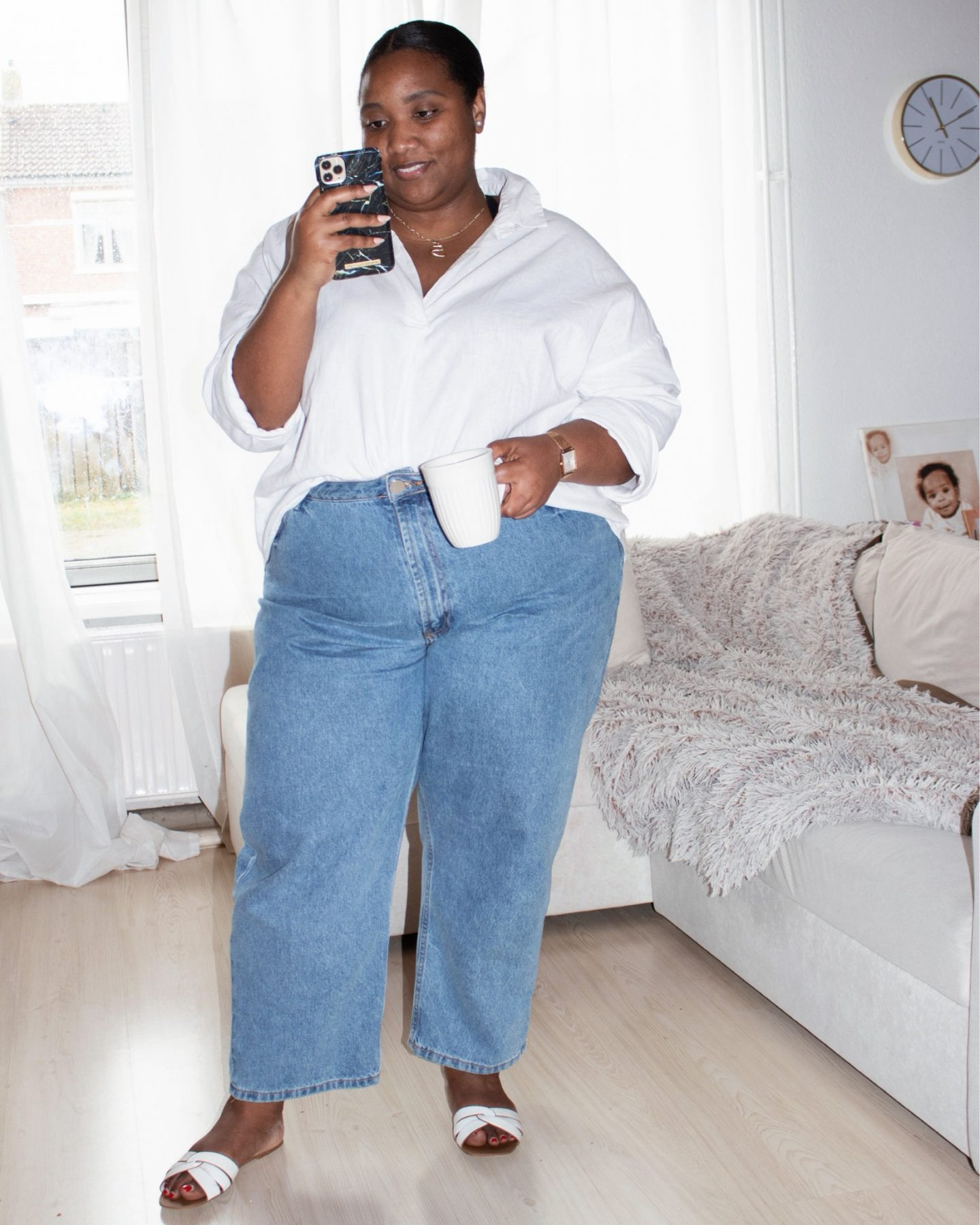 Mom Jeans & Linen Shirt Plus-size Outfit